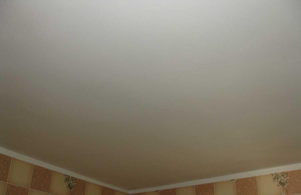 правильно снести окрашенный потолок фото прилетели